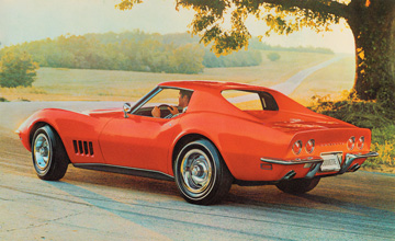 Mitchell's Mako Shark show cars evolved into the production Sting Ray for 1968.