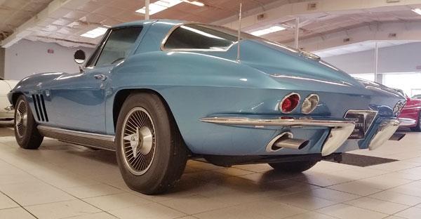 1966-Corvette-Big-Tank-rear